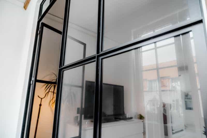 new yorker væg på mål-new yorker dør-glasvæg-new yorker væg-new yorker væg stue-glasvæg stue