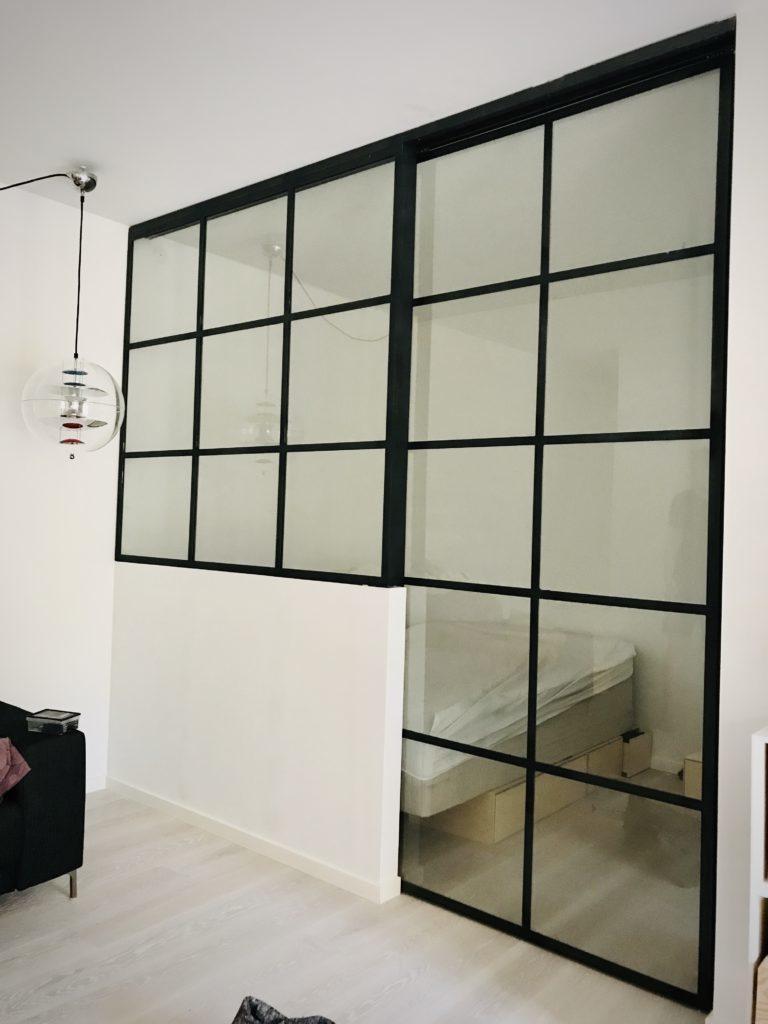 glasvaeg-glasvæg-new yorker væg-skillevæg-rum optimering-boligindretning